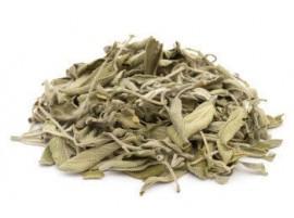 Salvia biologica essiccata in foglie