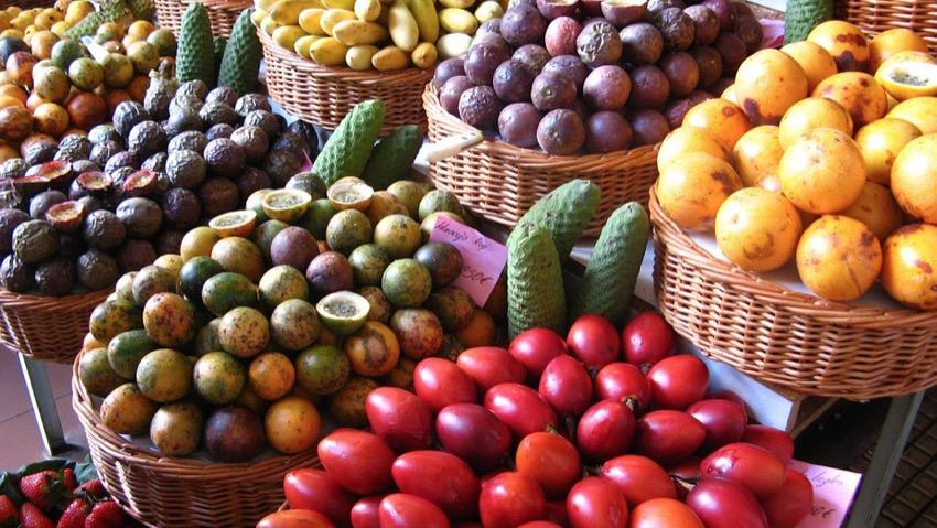 frutta esotica siciliana
